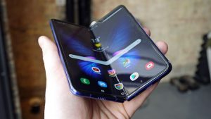 galaxy-z-fold2-review-and-specs/ 
